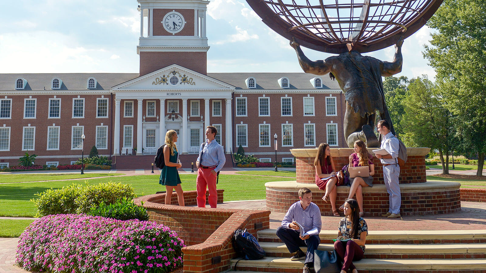 A image of the campus at High Point University.