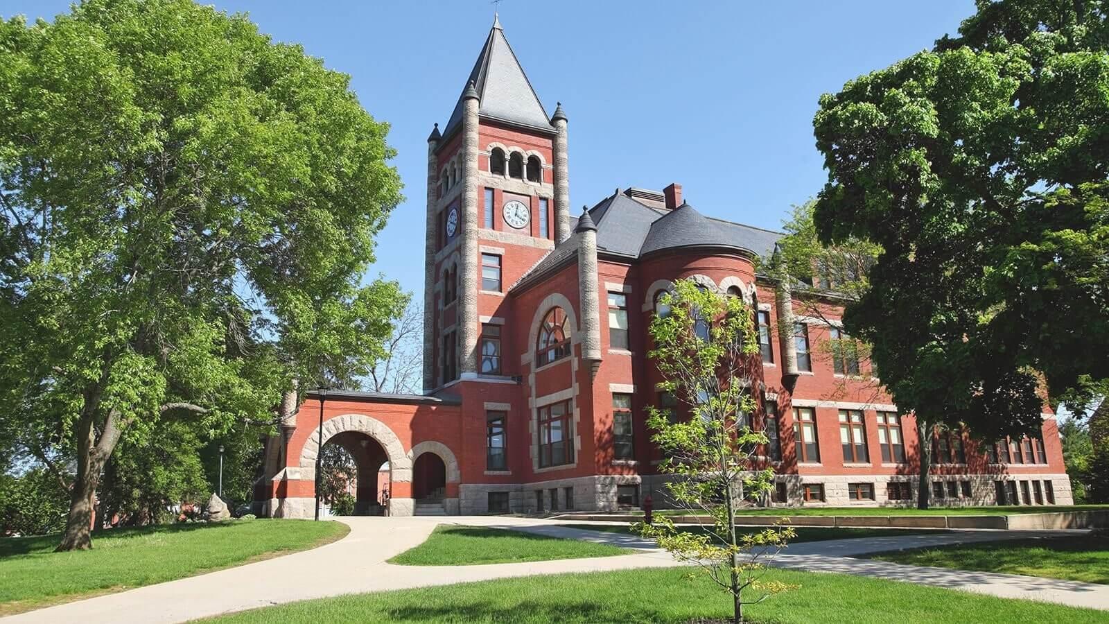 Thompson Hall, University of New Hampshire   Thompson Hall