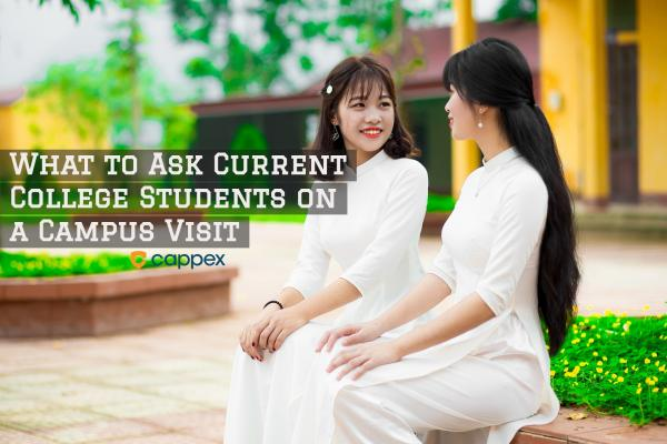 What to Ask Current College Students on a Campus Visit
